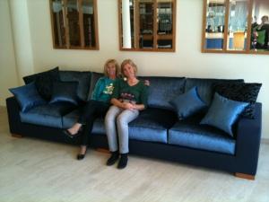 Ultralange Couch zum Lounchen