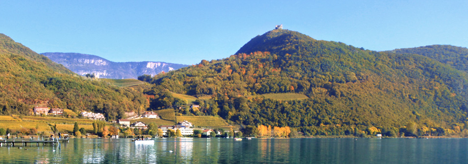 Parc Hotel am See im Herbst