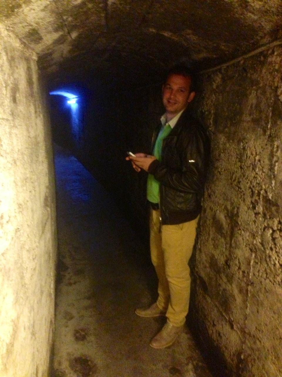 im tiefen Keller im Weingut Elena Walch...
